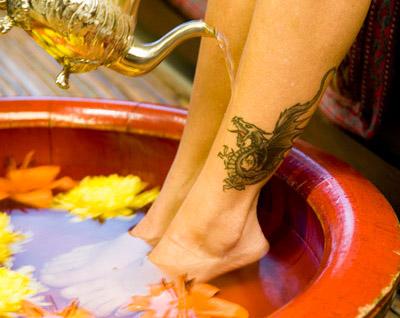 escalda-pés dragão tatoo